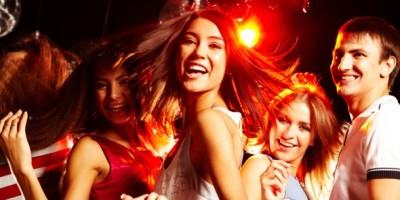 dancing-teens-590x295